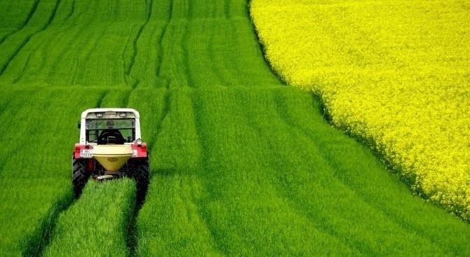 ЕК увеличи авансoвите плащания за земеделските стопани и плащанията за селските райони