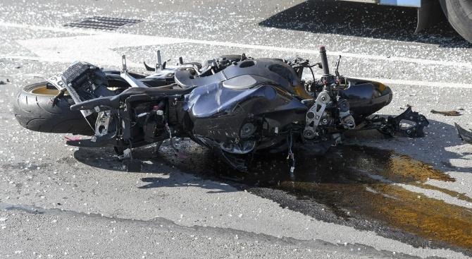 22-годишен мотоциклетист загина край село Плазовец