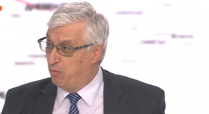 Иван Нейков: България ще спечели от въвеждането на еврото. Това е клубът на богатите