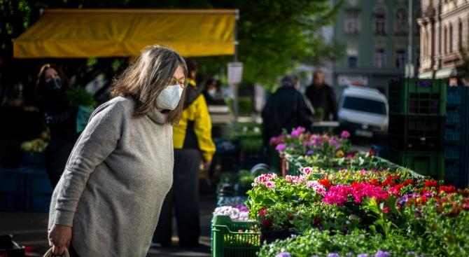 Заради стабилизирането на броя на новозаразените с коронавирус в Чехия