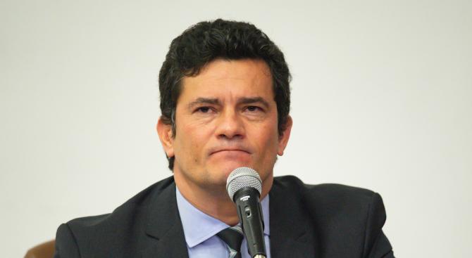 Бразилският министър на правосъдието Сержио Моро, придобил широка популярност като