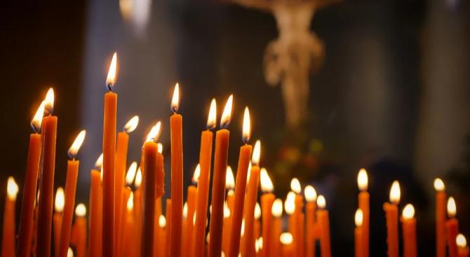 Видински криминалисти разследват кражба на дарения от храм
