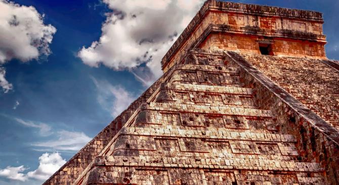 Разкриха подробности за жертвоприношения в цивилизациите на маите и ацтеките