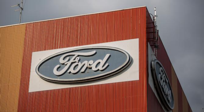 Форд очаква 5 милиарда долара загуба за текущото тримесечие