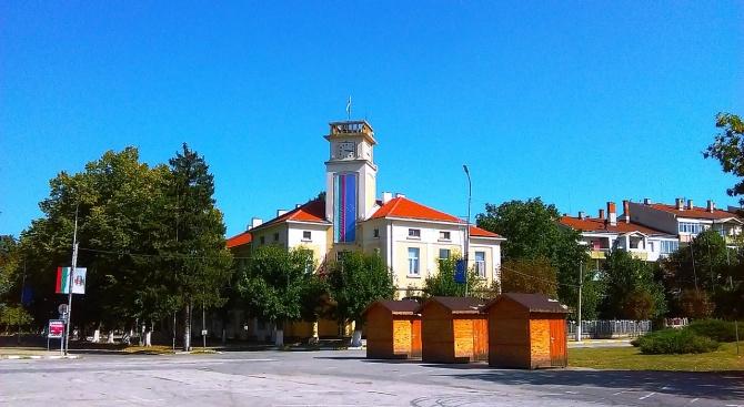 Община Кубрат освобождава от такси и наеми ползватели на общински помещения и терени