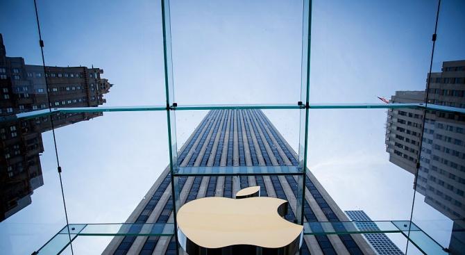 Apple съобщи за по-голям брой продажби от прогнозираните на Уолстрийт