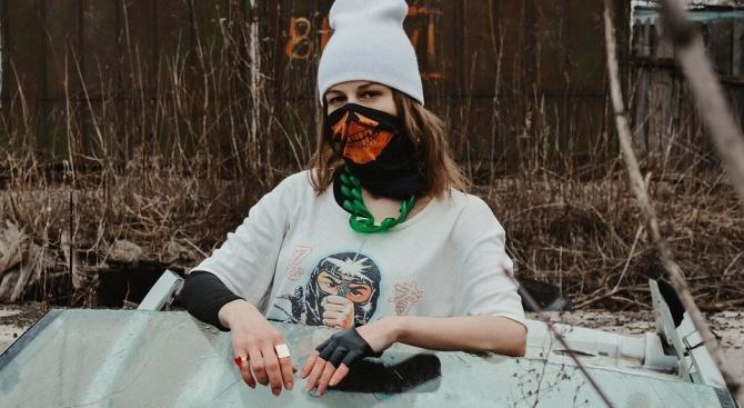 Модният експерт Любомир Стойков: Да победим коронавируса със стил