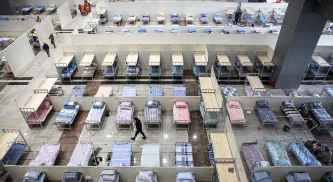 В Москва усилено се създава допълнителна леглова база, докато властите