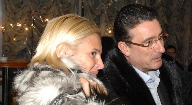 Ветко и Маринела Арабаджиеви излизат от ареста