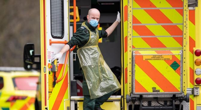 Над 32000 са жертвите на COVID-19 във Великобритания, сочат публикувани