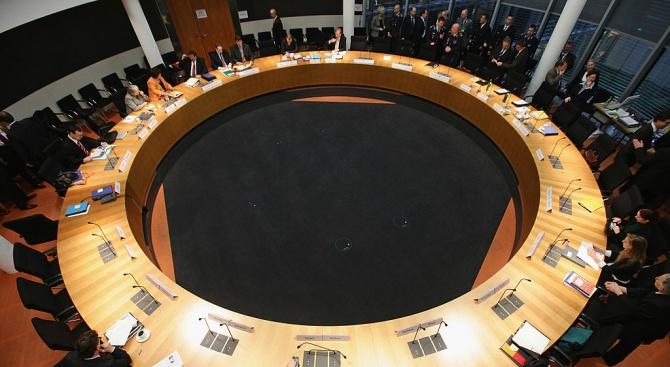 Европейската комисия засилва борбата с изпирането на пари и финансирането на тероризма