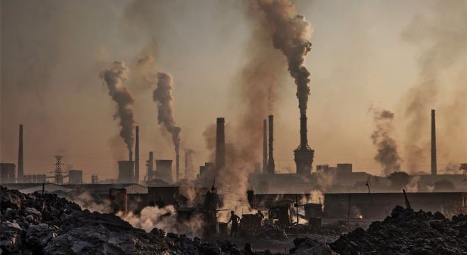 """Според """"Грийнпийс"""" замърсяването на въздуха в Китай отново се завръща"""