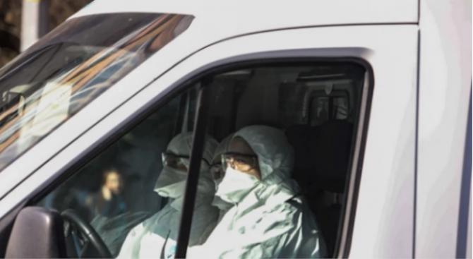 """Кувейт въвежда 20-дневен """"пълен полицейски час"""" от 10 май за справяне с коронавируса"""