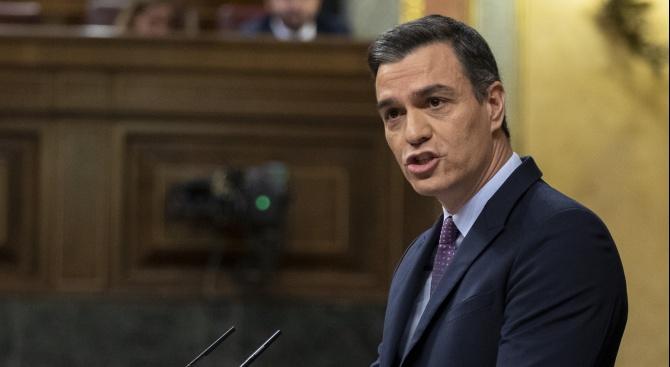 Испанският премиер Педро Санчес предупреди днес, че разхлабването на близо