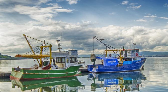 Забиха първия пирон на новото рибарско пристанище в Царево