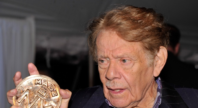 Ветеранът комик Джери Стилър, чиято кариера започва през 50-те години