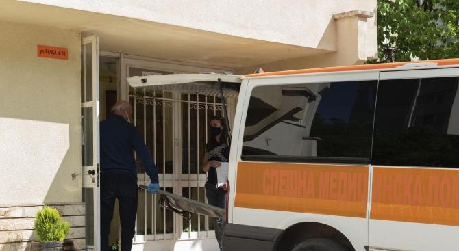 Мъж почина, трупът му лежи с месеци в софийски апартамент
