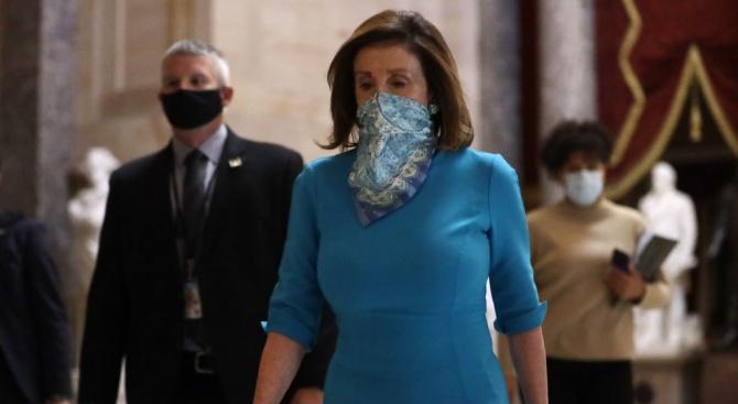 Председателката на Камарата на представителите в САЩ, демократката Нанси Пелоси,
