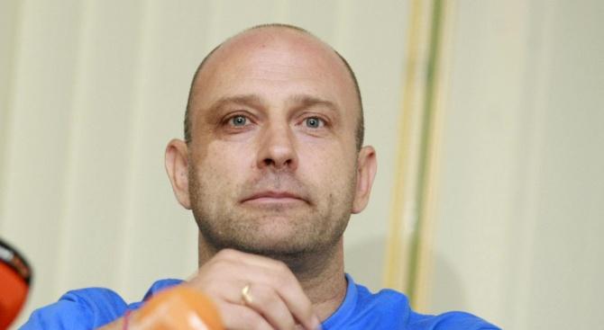 """Тити Папазов: Темата """"Левски"""" не трябва да се политизира"""