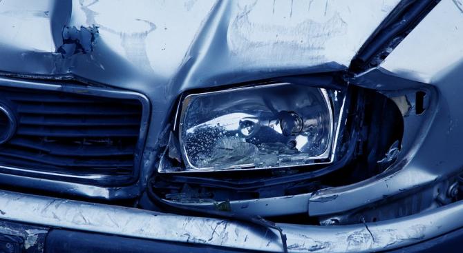 Пиян шофьор е ударил в Пловдив пет паркирани коли