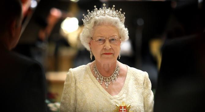 Кралица Елизабет Втора очаква с нетърпение да се върне на