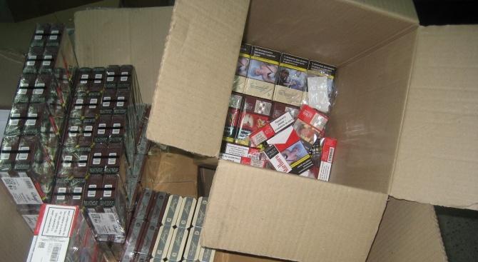 Общо 19 000 къса (950 кутии) цигари са задържани при