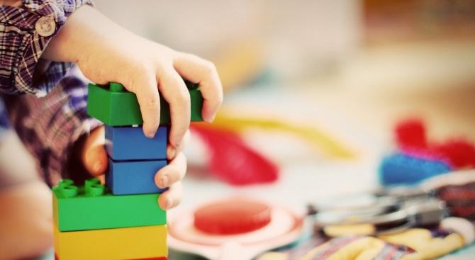 Предстои постепенно и плавно отваряне на детските градини, което до