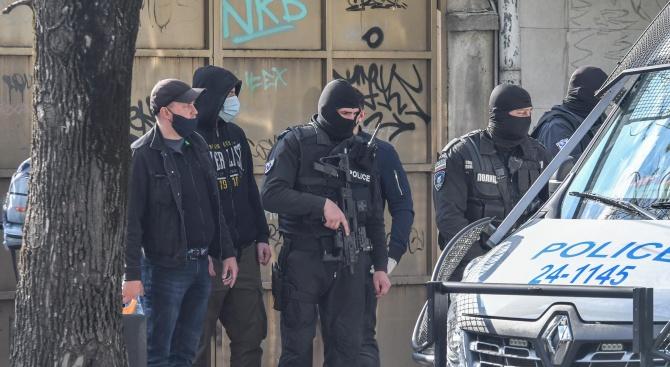 18 души са задържани при полицейска акция във Варненско