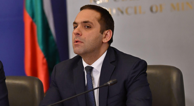Емил Караниколов: Държавата ще е коректен играч на пазара на горивата
