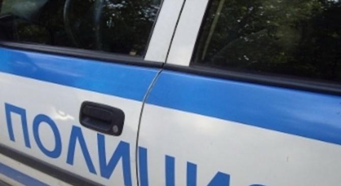 Наркодилър е задържан снощи в акция на полицията след преследване