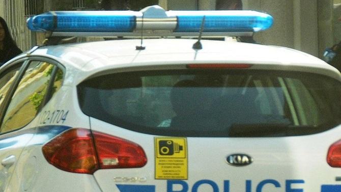 Спряха контрабанда на лични предпазни средства и дрехи и обувки