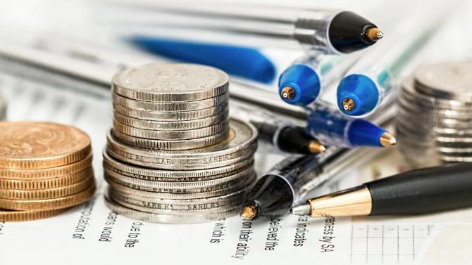 Икономиката на САЩ ще се свие с 11 процента през второто тримесечие, прогнозират властите