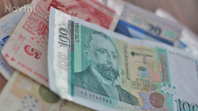 Ученички от Попово намериха плик с пари и го предадоха в полицията