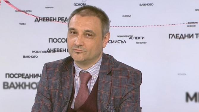 Доц. Чорбанов отговори дали ваксината за COVID-19 ще бъде задължителна