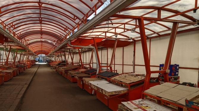 Предлагат освобождаване от наем на търговците, ползващи общински терени в Търговище