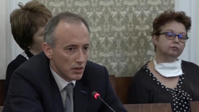 Красимир Вълчев каза какво ще стане, ако в детската градина има случай на COVID-19