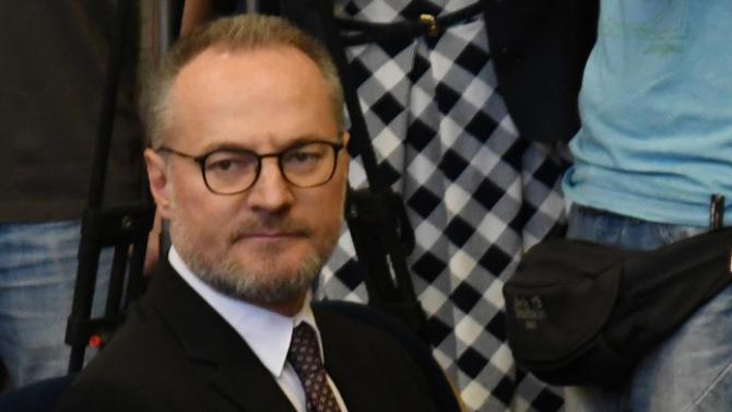 11 членове от предходния състав на ВСС, избрали Лозан Панов, поискаха оставката му