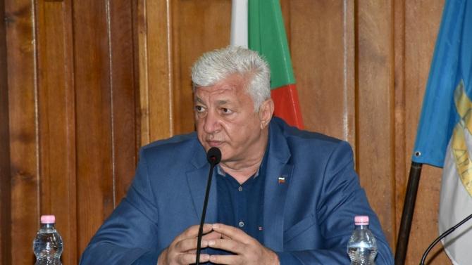 Кметът на Пловдив Здравко ДимитровЗдравко Димитров Димитров е български политик,