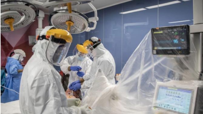 Нови 83 смъртни случая от COVID-19 във Франция за последните 24 часа