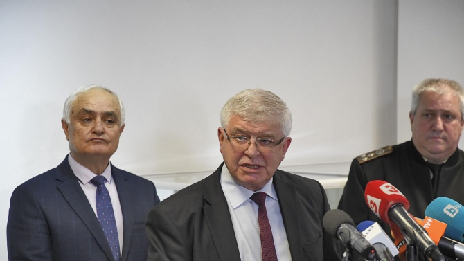 Кирил Ананиев обяви за какво ще се отнася следващото отпускане на мерките