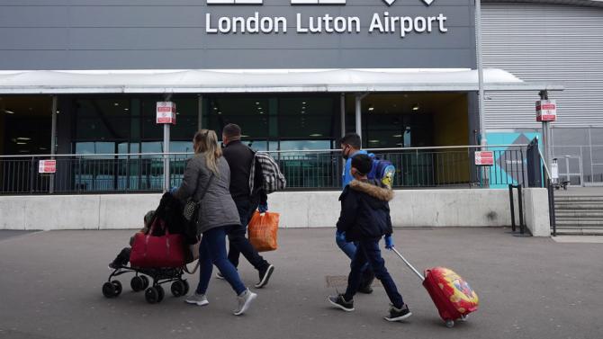 От 8 юни Великобритания въвежда 14-дневна карантина за всички лица, пристигащи от чужбина