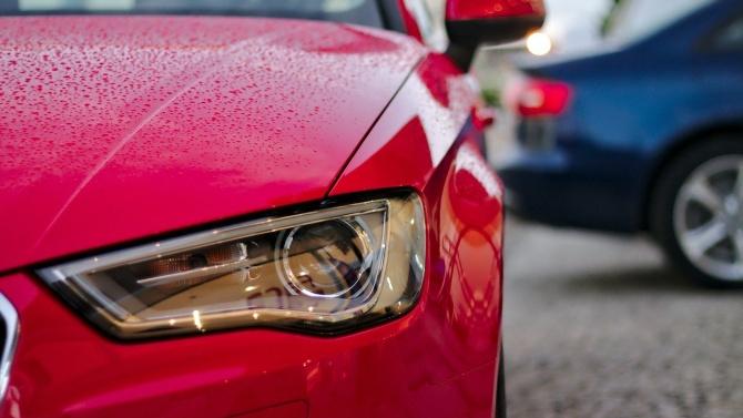 COVID-19 съсипа една от най-големите световни компании за коли под наем