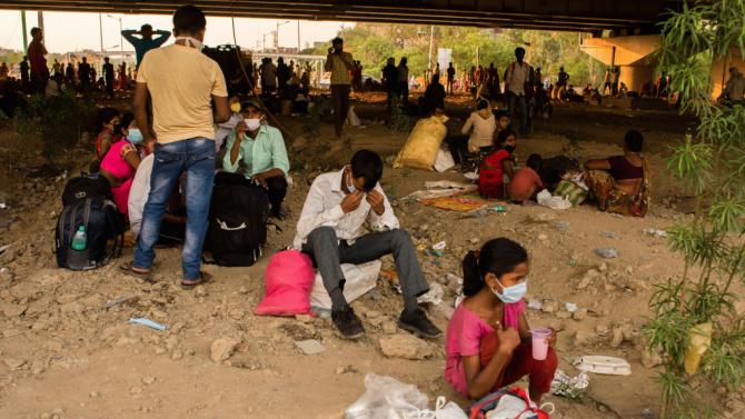 Над 660 000 души са били принудени да напуснат домовете си по време на пандемията от коронавируса