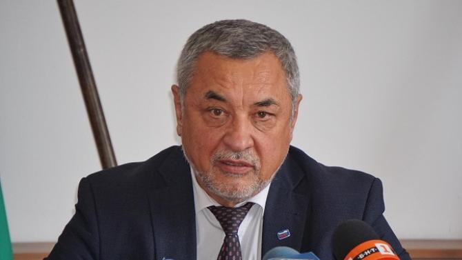 Валери Симеонов: Васил Божков цели дестабилизация на държавата