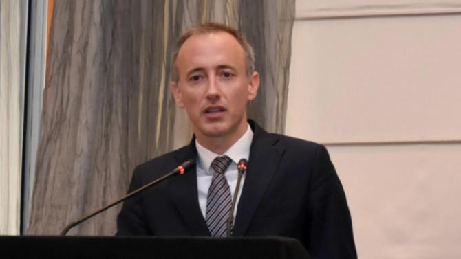 Красимир Вълчев: Всичко започва от ученическия чин, от духа