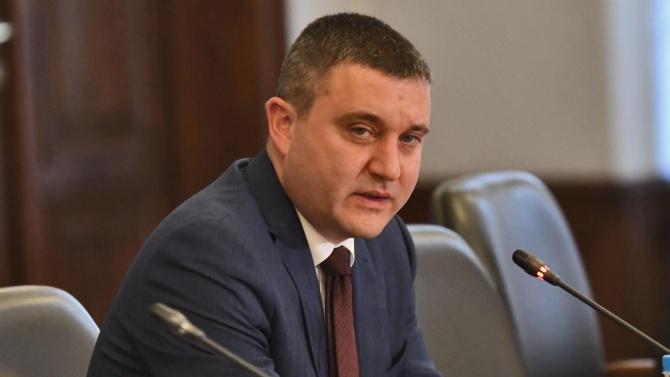 """Кметът на Пазарджик съжали Горанов за """"компрометиращите"""" СМС-и на Божков"""