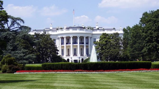 Белият дом съобщи, че ще въведе по-рано мерките, забраняващи достъпа