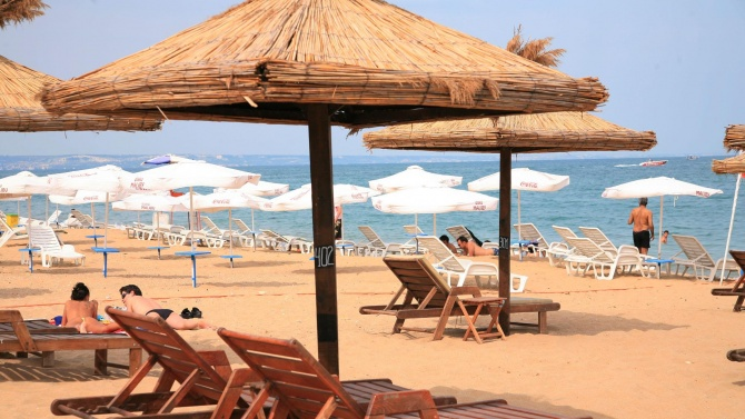 23 са плажовете по Черноморието с нулеви цени на чадъри и шезлонги
