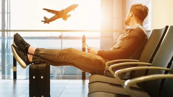 Забраната за пътнически полети до Република Кипър бе удължена до