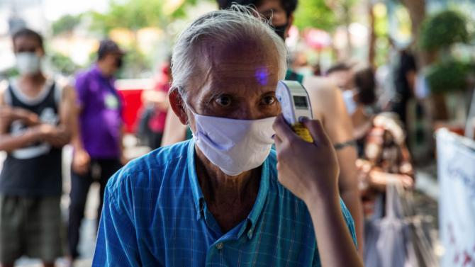 Тайландското правителство продължи действието на извънредното положение въпреки съпротивата срещу